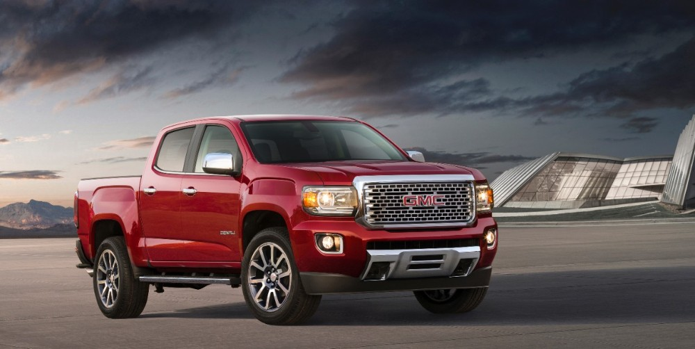2017 GMC Canyon Denali 8 | The News Wheel