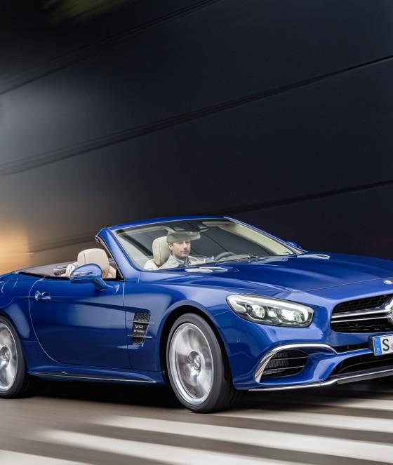 [PHOTOS] New 2017 Mercedes-Benz SL-Class Bows In LA
