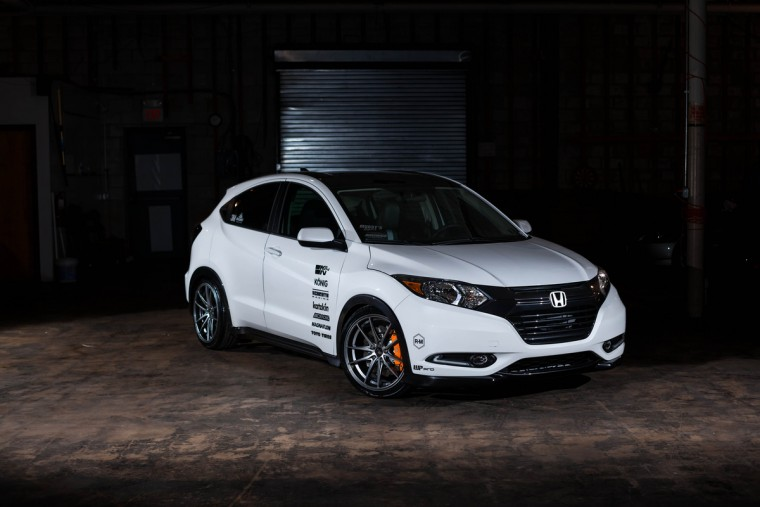 2016 Honda HR-V customized by Fox Marketing