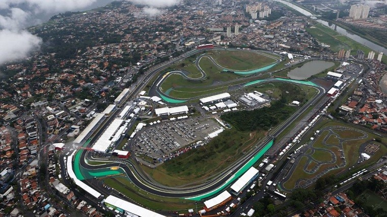The lovely circuit from above.