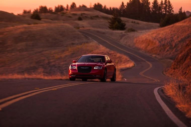 2016 Chrysler 300 Performance