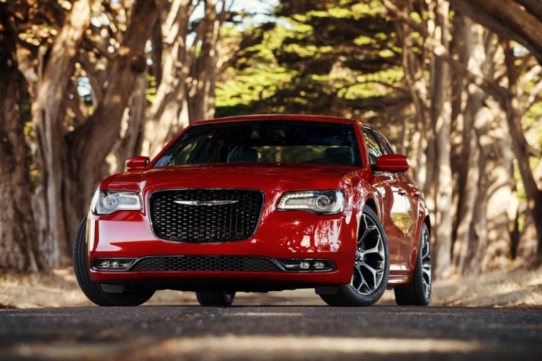 The 2016 Chrysler 300 comes with one of the most unique front fascias in the auto industry