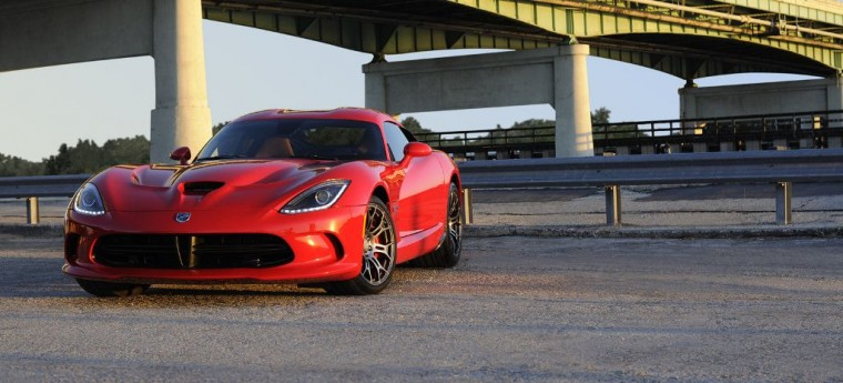 2016 Dodge Viper Front View