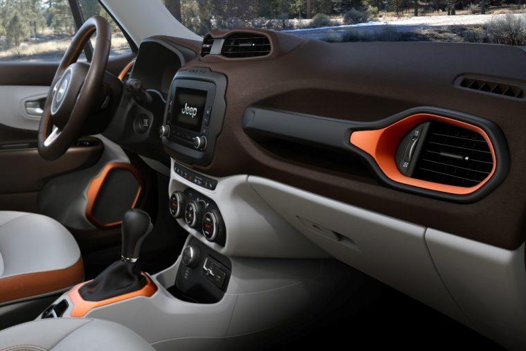 2016 Jeep Renegade Dashboard Design