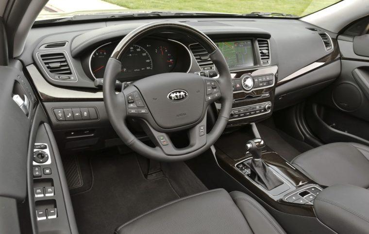 2016 Kia Cadenza Steering Wheel Design