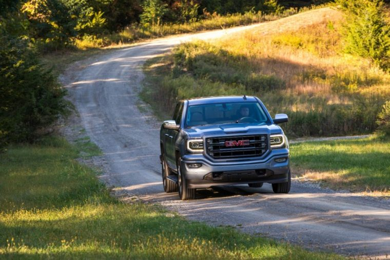 The GMC Sierra 1500 won the 2016 Best Light-Duty Truck for Towing award from PickupTrucks.com
