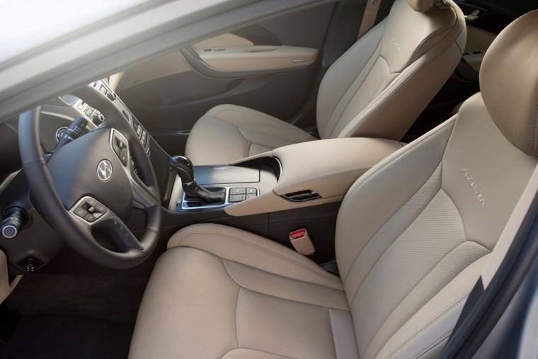 2016 Hyundai Azera model overview front seat interior