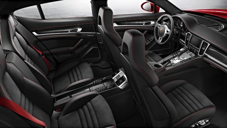There are a vareit of color options for the interior of the 2016 Porsche Panamera
