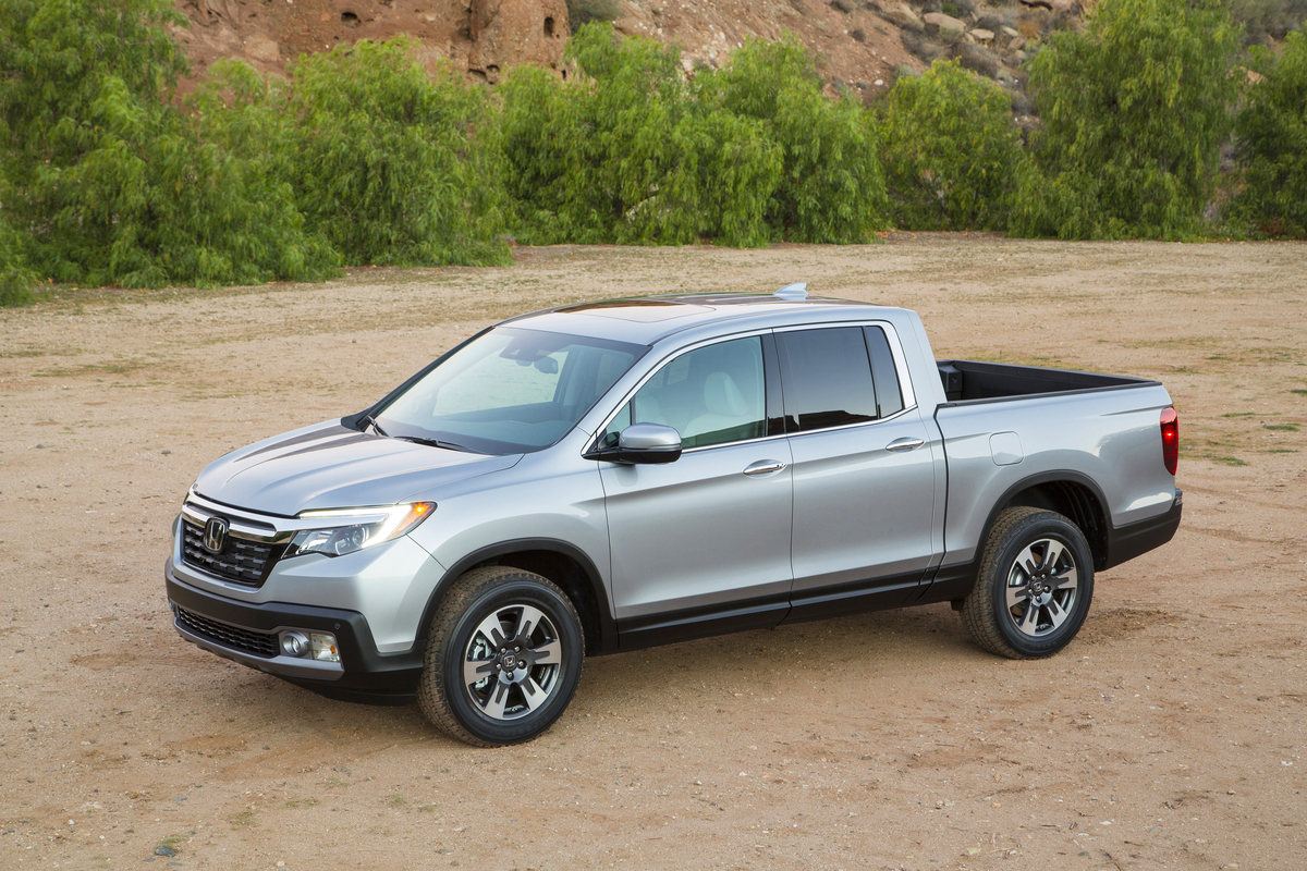 2017 Honda Ridgeline Debuts In Detroit With Ger Noisier Pickup Bed The News Wheel