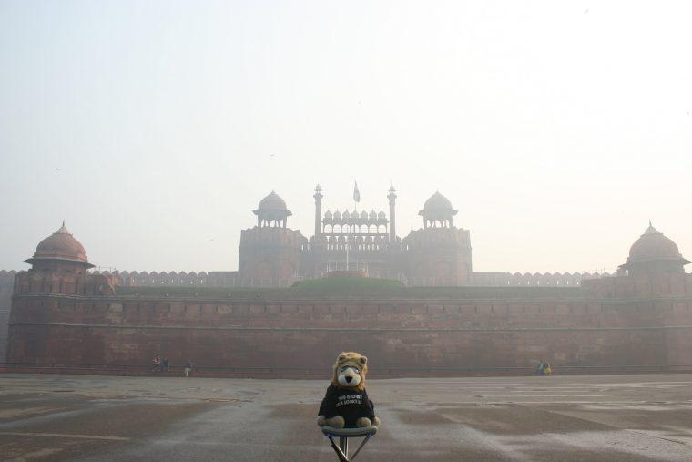 Red Fort in Delhi Smog