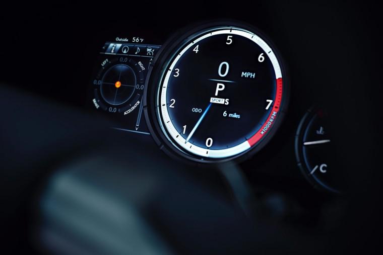 NYIAS_2016_Lexus_RX_350_F_SPORT_020