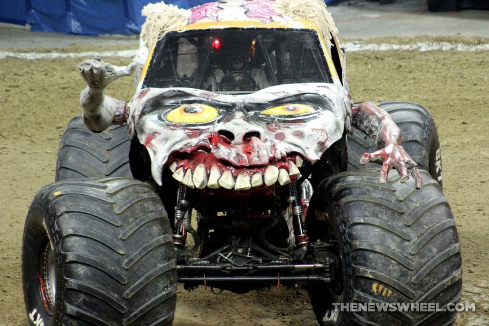 Zombie On The Brain Spotlight On Monster Jam S Popular Truck The
