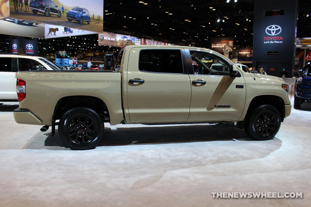 New Toyota Tundra >> Toyota Gives Million-Mile Tundra Driver a Brand New Truck - The News Wheel