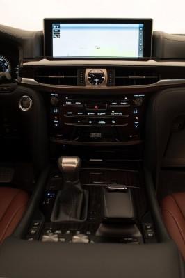 2016 Lexus LX
