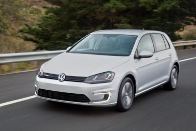 2016 VW e-Golf Driving
