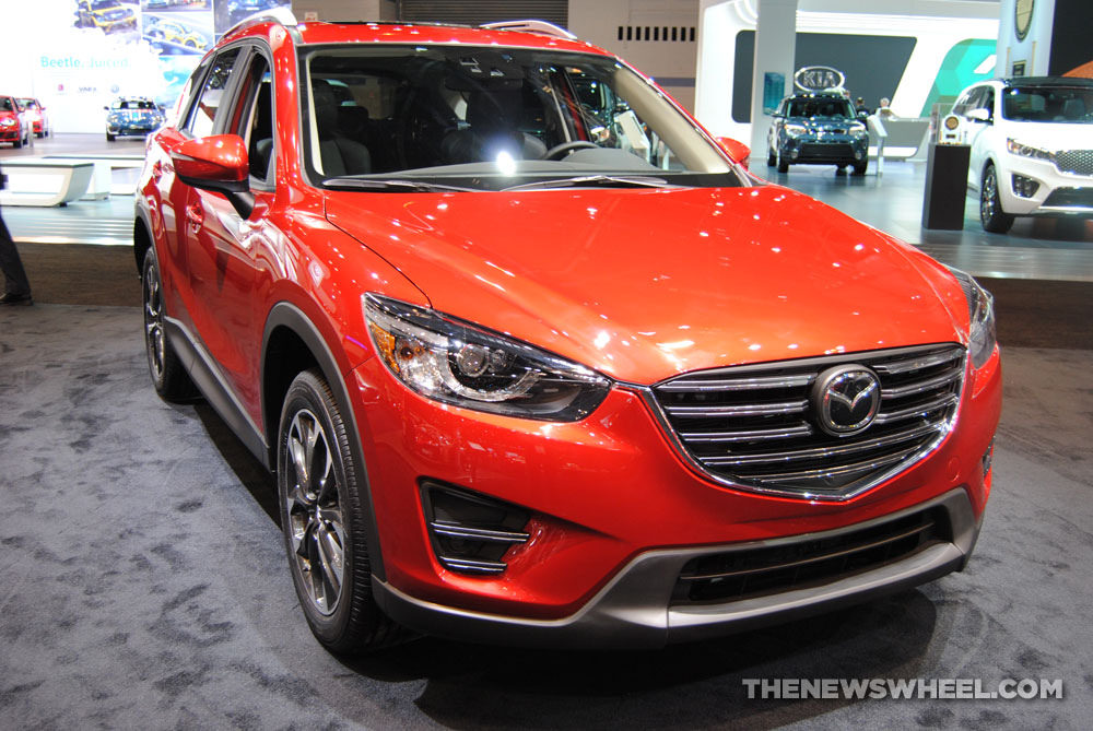mazda pits cx 5 against honda cr v and subaru forester to prove it can make great snow suvs. Black Bedroom Furniture Sets. Home Design Ideas