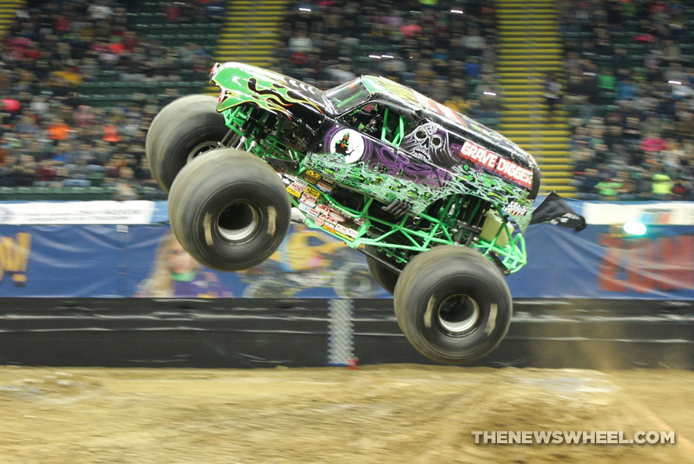 The History Of The Grave Digger Monster Truck The News Wheel