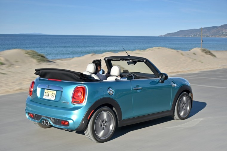 Check out the 2016 MINI Convertible's exterior looks and features