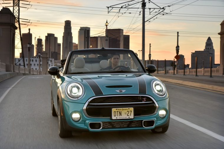 The 2016 MINI Convertible's small size makes it an efficient city driver--but it's even greener on the highway