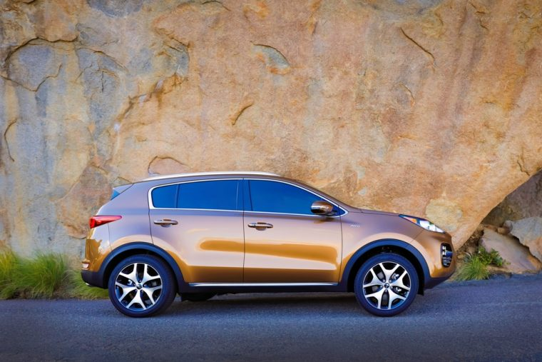 Price in the low 20,000s, the 2017 Kia Sportage offers plenty of bang for your buck