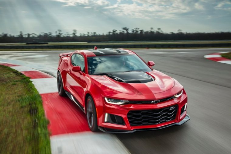 Chevy has announced the upcoming 2017 Camaro ZL1 will come with the same supercharged V8 engine found in the Corvette Z06