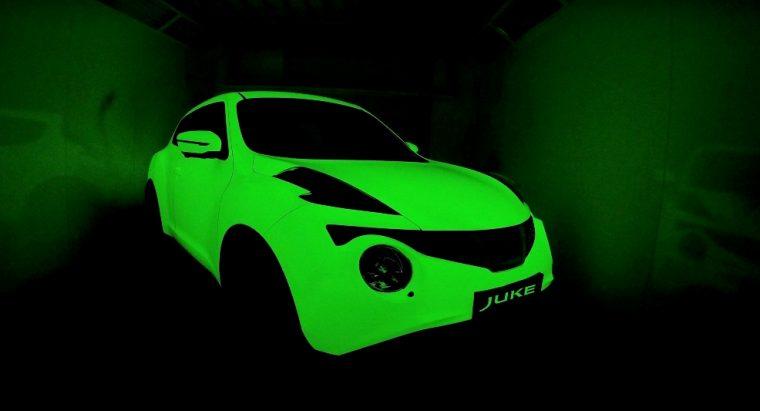 Glow-in-the-dark Nissan Juke