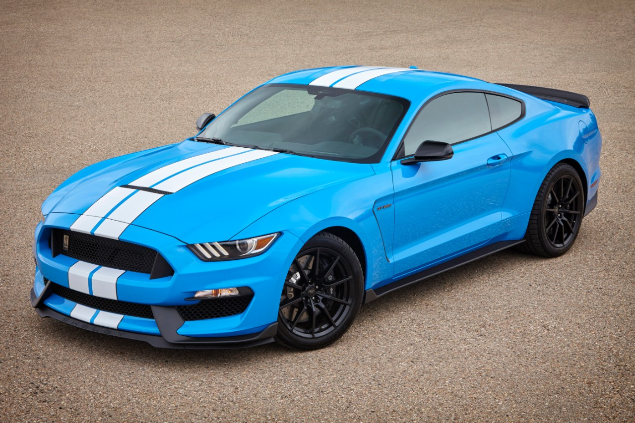 Lightning Blue Mustang >> Ford Confirms New Colors, Standard Features for 2017 Shelby GT350 - The News Wheel