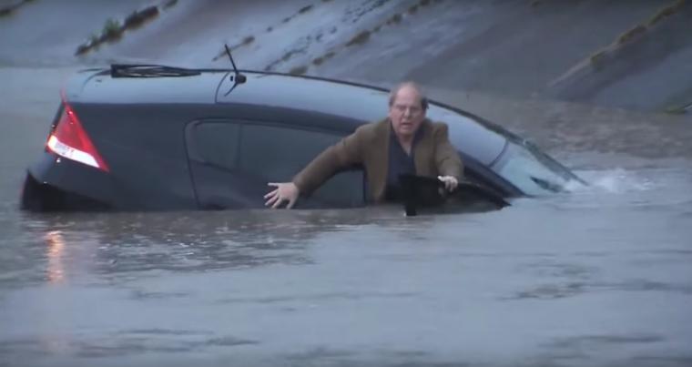 Honda Insight sinks in Houston flood water