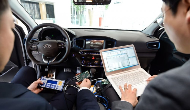 Hyundai plan cars self-fixing computers