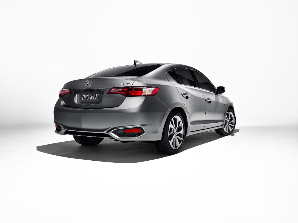 2017 Acura ILX Overview - The News Wheel
