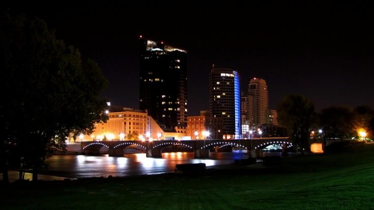 Grand Rapids Michigan cityline