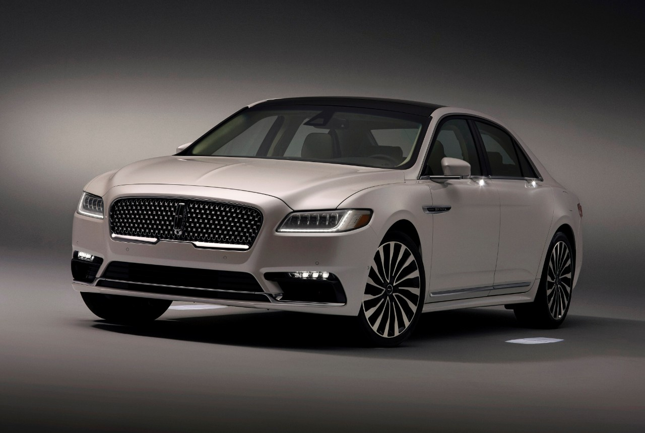 2017 Lincoln Continental Gets Fancy Schmancy Approach