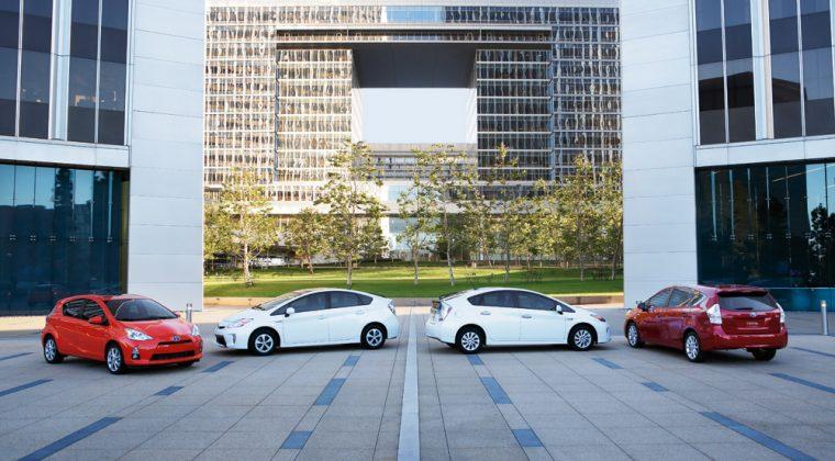 Four Prius cars