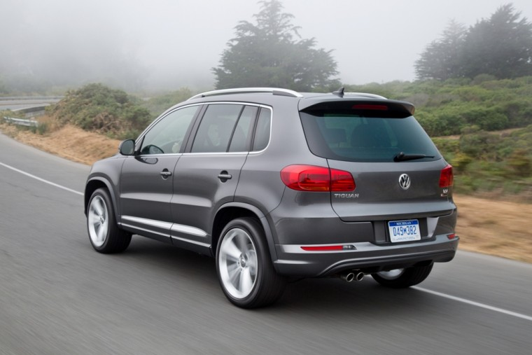 2016 Volkswagen Tiguan Overview rear