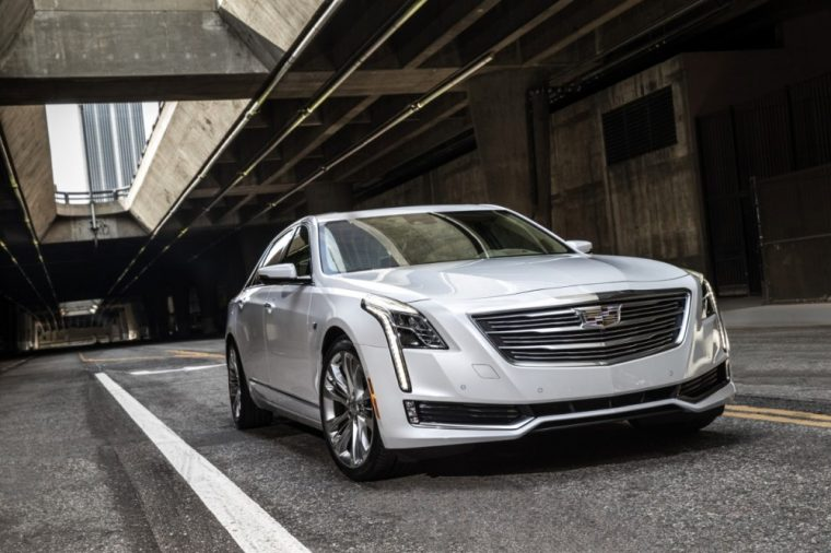 An updated CUE infotainment system and two new exterior color options highlight the new features of the 2017 Cadillac CT6 sedan