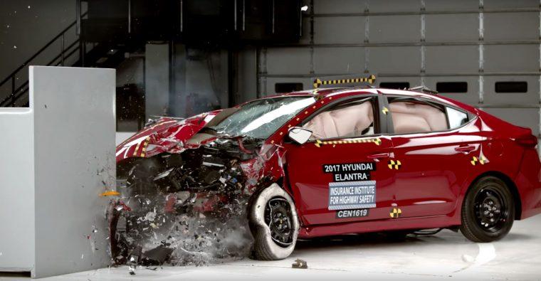 2017 Hyundai Elantra crash test IIHS results
