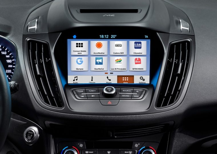 Ford SYNC 3 Infotainment in a 2016 Ford Kuga