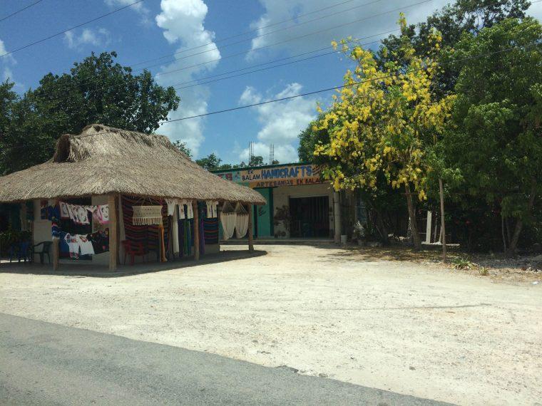 Mexico roadside businesses
