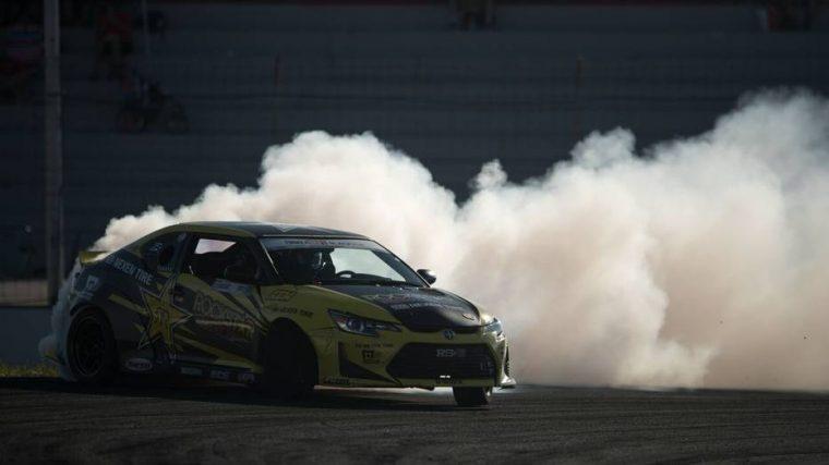Scion tC drifting