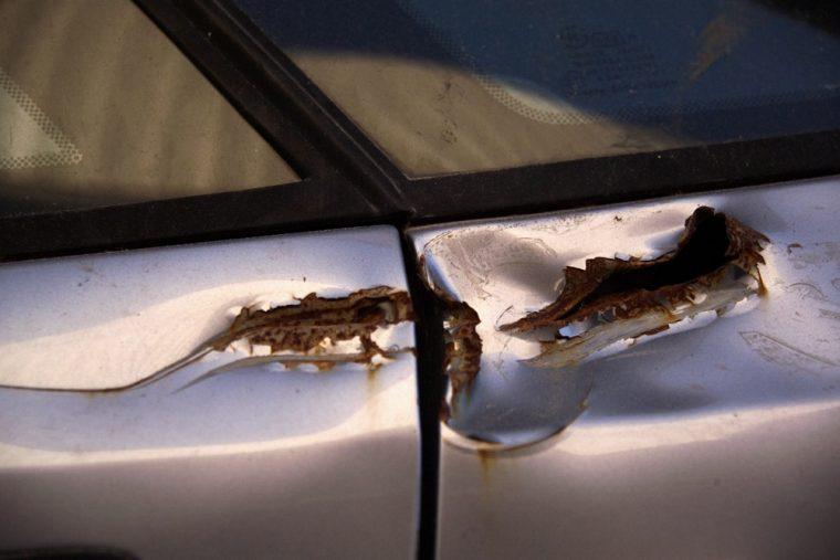 rust damage car body scrape