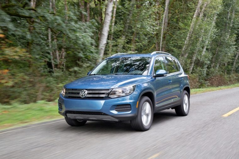 2017 Volkswagen Tiguan vehicle model overview front safety
