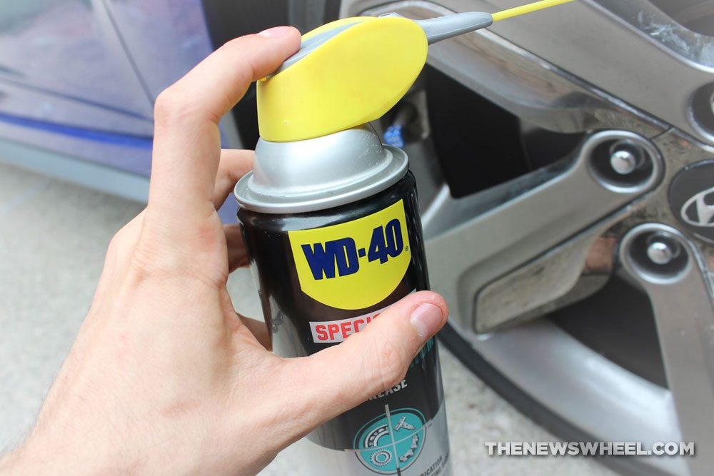WD-40 spray can lubricant oil