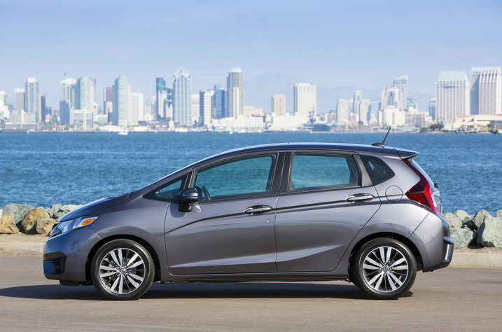 2017 Honda Fit Overview | The News Wheel