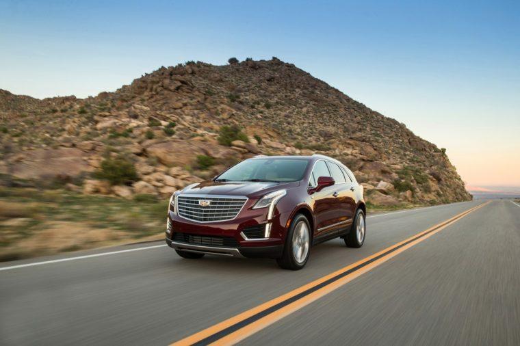 2017 Cadillac XT5 action