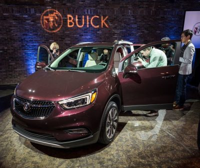 2017 Buick Encore model overview specs