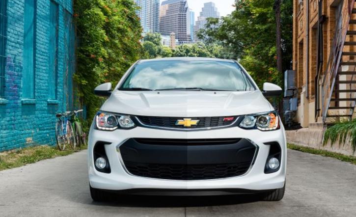 2017 Chevrolet Sonic Sedan Front End