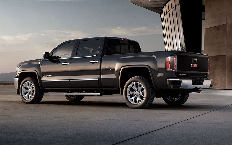 2017 gmc sierra 1500 overview the news wheel. Black Bedroom Furniture Sets. Home Design Ideas