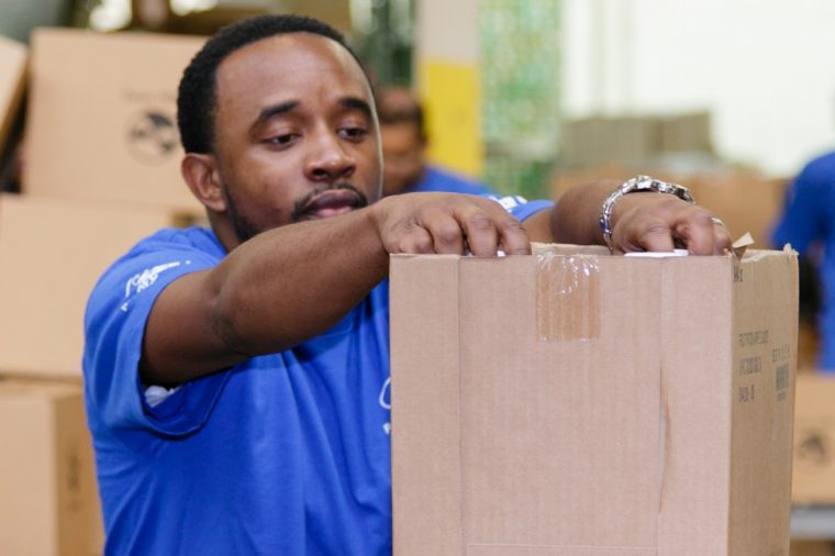 Ford Volunteer Corps puts together Thanksgiving meals for seniors