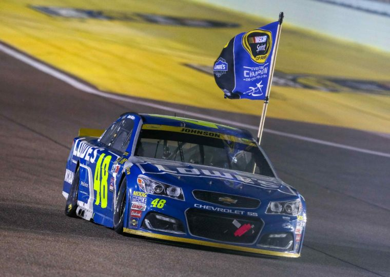 Jimmie Johnson Chevy >> Chevy S 48 Lowe S Car Wins 7th Nascar Championship With