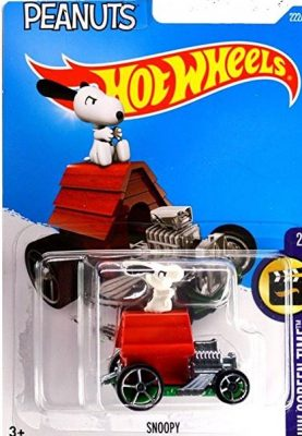 Snoopy Dog House Hot Wheels Car Charlie Brown Peanuts Movie Toy